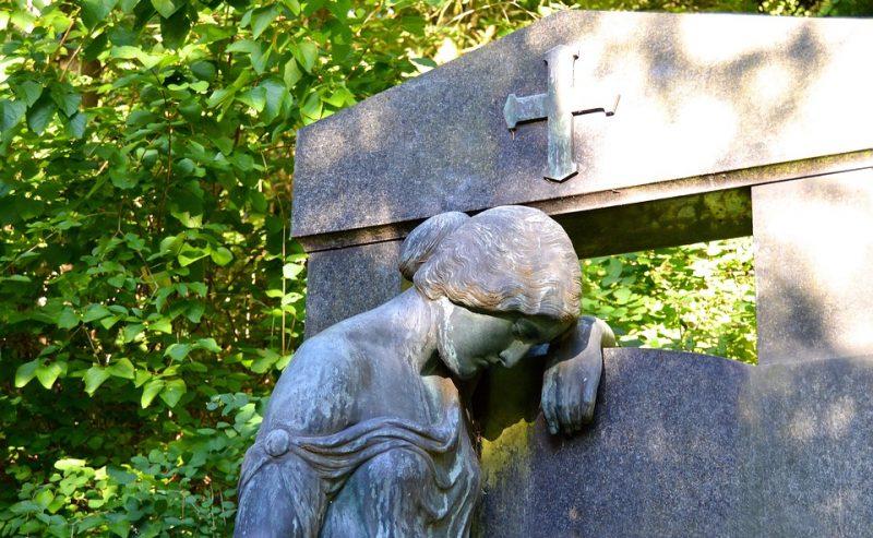Il culto dei morti e il Mistero della Resurrezione