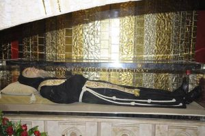 Cripta con salma di San Pio. San Giovanni Rotondo.