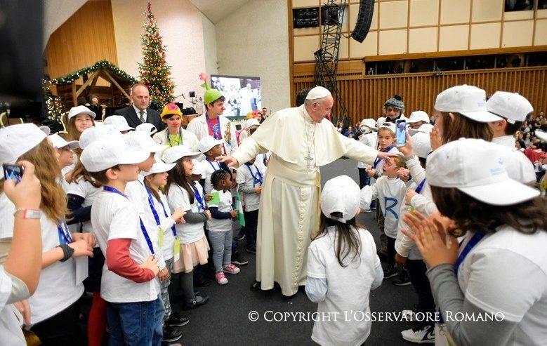 Papa Francesco incontra la Comunità del Bambino Gesù