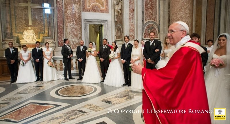 Come chiedere la celebrazione del Battesimo, Cresima e Matrimonio al Pontefice