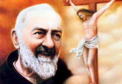 Coroncina di supplica a Dio recitata da Padre Pio.
