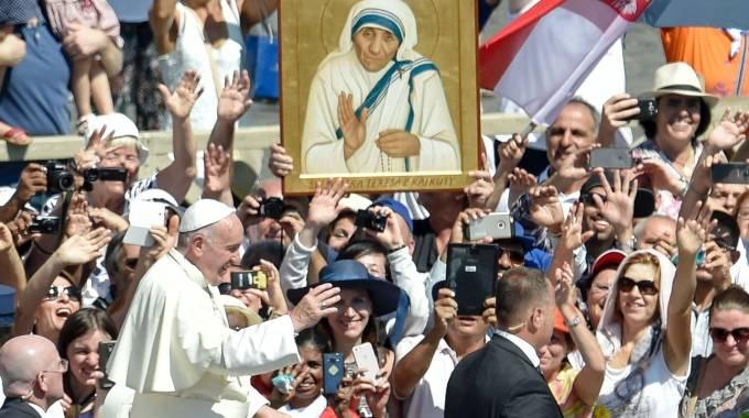 Le parole di Papa Francesco su Madre Teresa