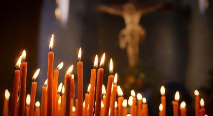 Preghiera per i defunti di Papa Francesco
