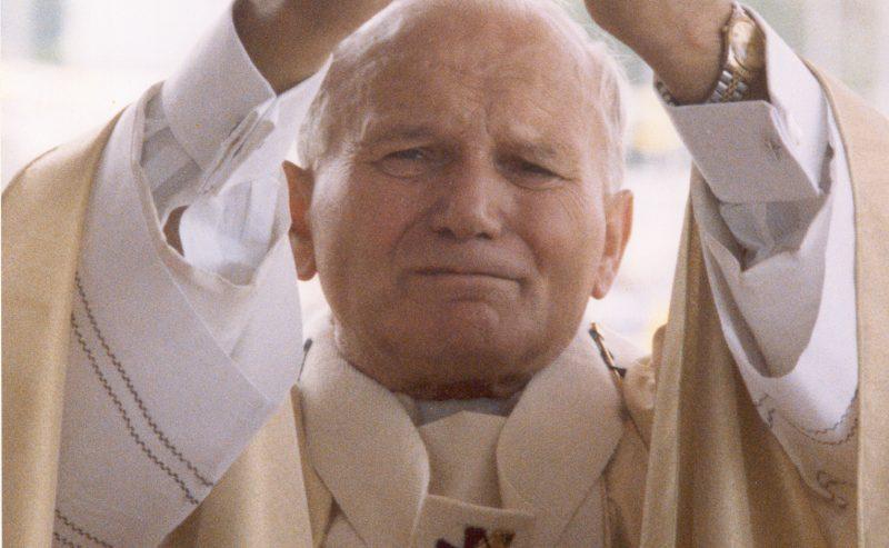 La Divina Misericordia e le singolari coincidenze con Papa Wojtyla