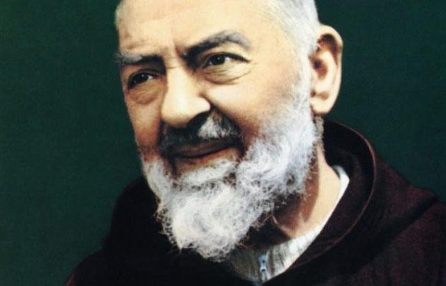 """""""Padre Pio mi ha fatto la grazia"""": un nuovo miracolo?"""