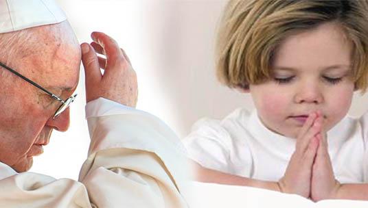 Papa Francesco addolorato perché i bimbi non sanno fare il segno della Croce