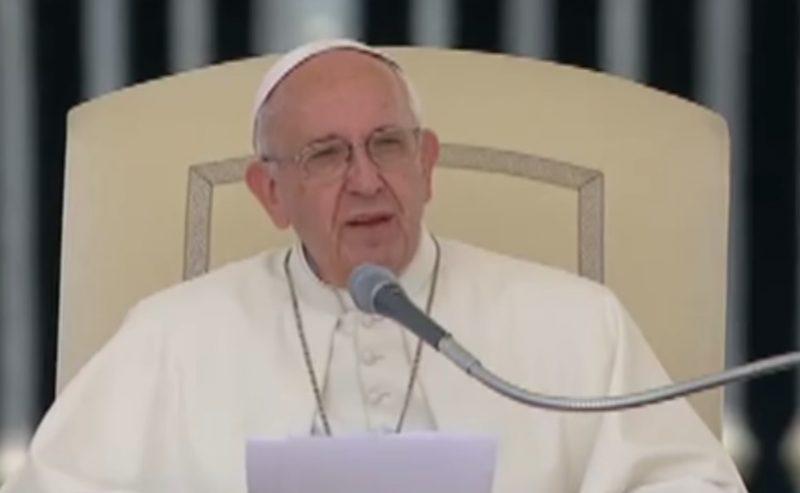 La preghiera che dice la sera di papa Francesco