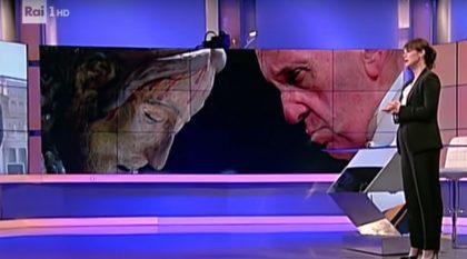 Il video della telefonata a sorpresa di Papa Francesco in diretta TV