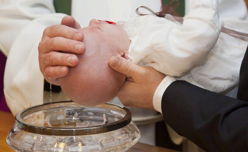Quando il Battesimo non è valido se usata questa formula
