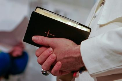 Come cambia la Santa Messa e le ultime novità stabilite dalla CEI